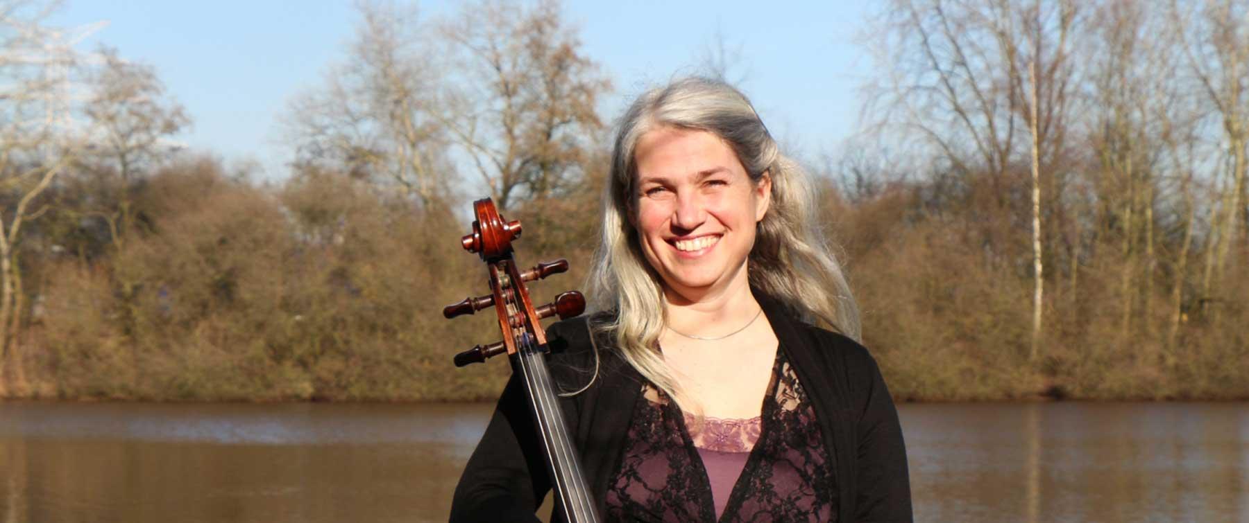 Angelika Bönisch Cellistin in Oldenburg